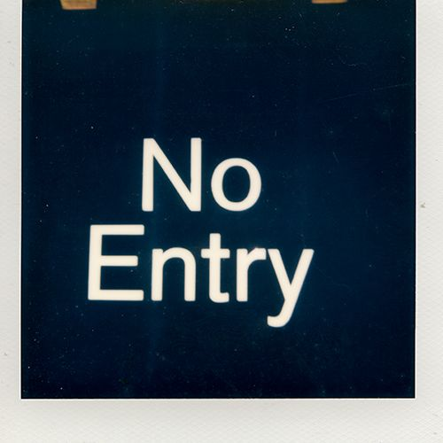 no-entry-069-webA9A101EC-53F0-0596-B4A8-5223755BB56E.jpg