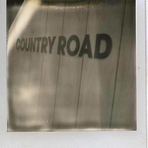 country-road070-webE13D58C7-985F-1F0A-77F3-00978E275CAC.jpg
